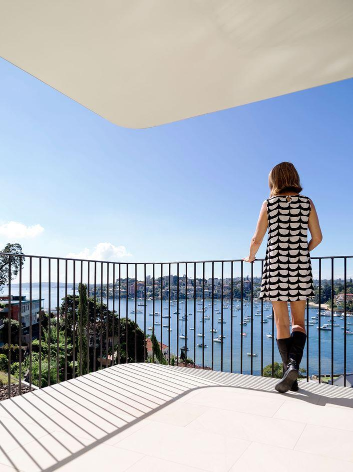 Twin Peaks House - A Queen Anne Style Residence in Sydney (13)