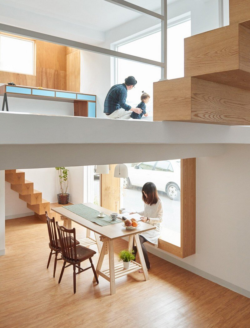 Airy Home in Taiwan with Optimal Balance Between Space and Lighting (24)