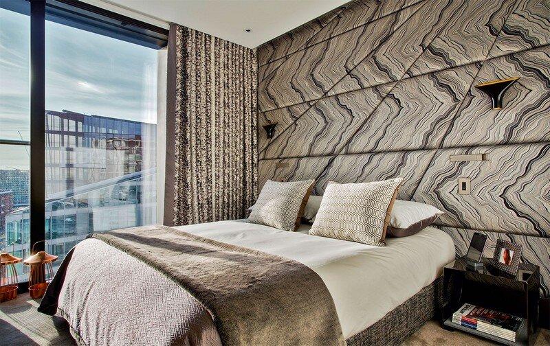Central London Apartment by Rene Dekker Design (17)