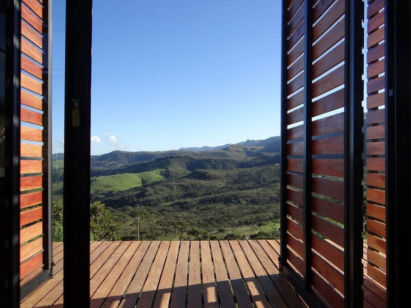 Cerrado House at the Foothills of the Sierra da Moeda Brazil (13)
