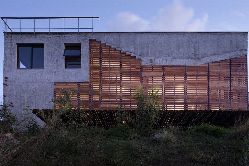 Cerrado House at the Foothills of the Sierra da Moeda Brazil (2)