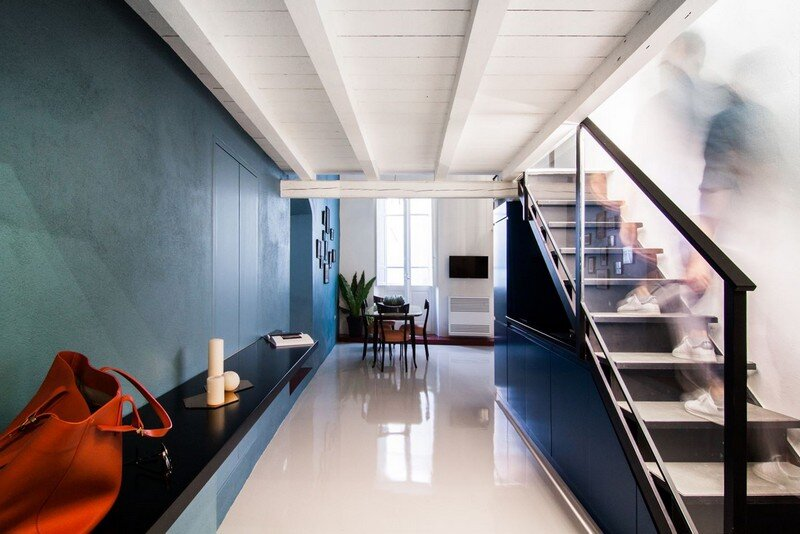 Cobalt Apartment by Mauro and Matteo Soddu Italy (2)