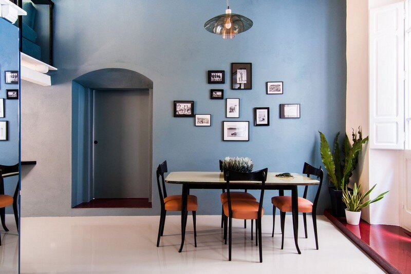 Cobalt Apartment by Mauro and Matteo Soddu Italy (4)