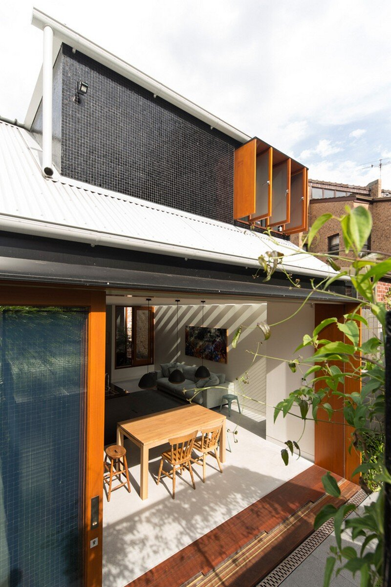 Down size up size house by carter williamson architects - Maison camperdown carter williamson architects ...
