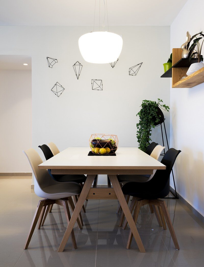Five Rooms Apartment - Little Drop Of Black by EN Studio (18)