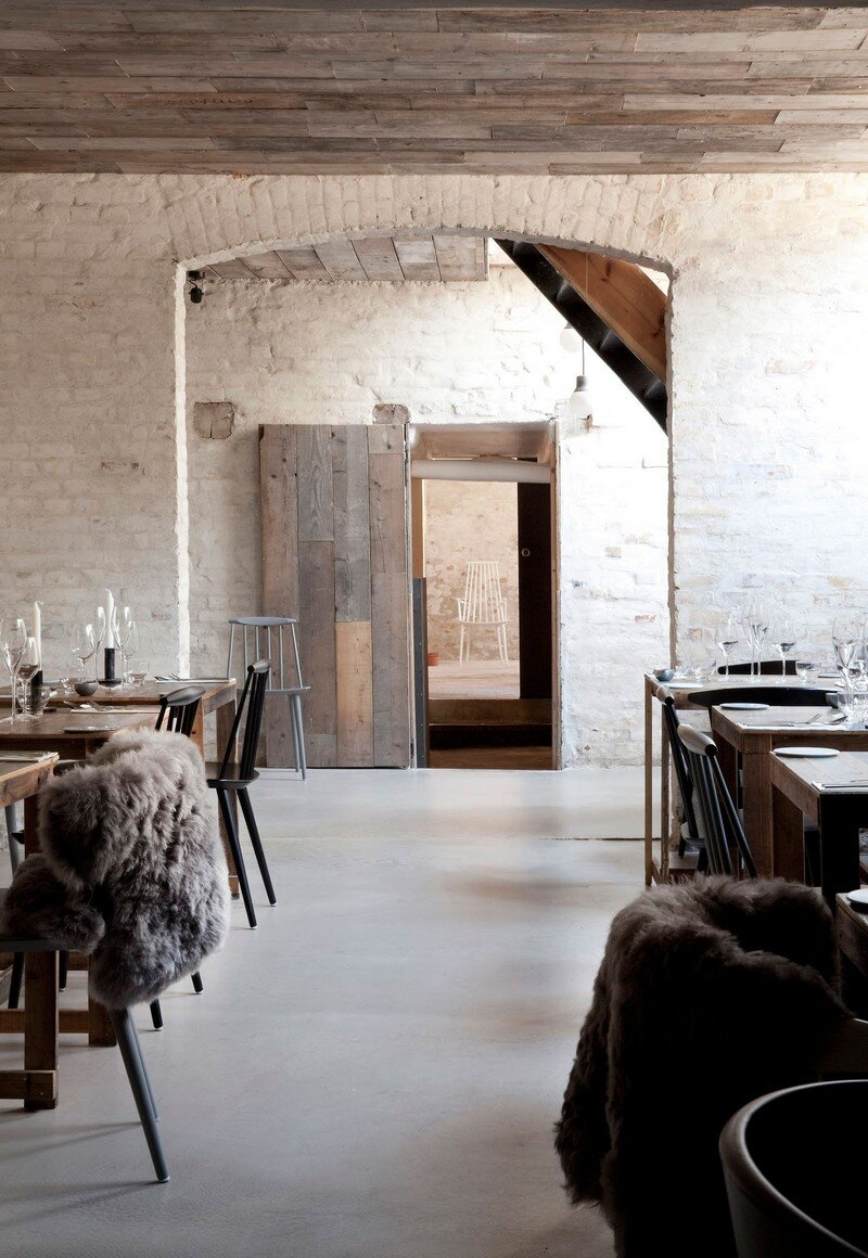 Höst Restaurant - Rustic Scandinavian Interior by Norm Architects (1)