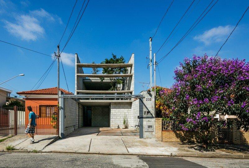 Inside Out House in Sao Paulo Terra e Tuma (1)