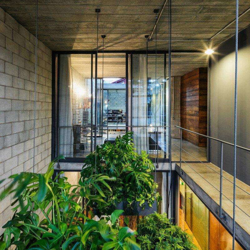 Inside Out House in Sao Paulo Terra e Tuma (13)