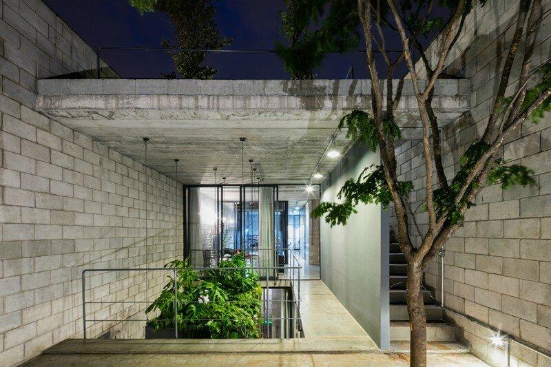 Inside Out House in Sao Paulo Terra e Tuma (15)