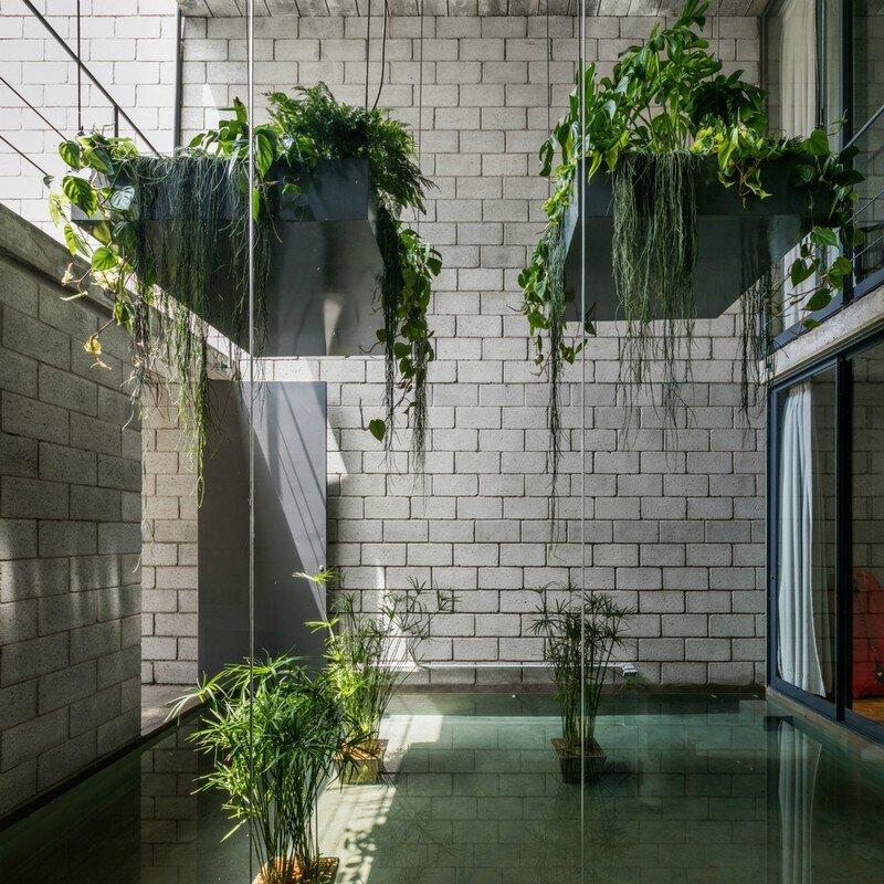 Inside Out House in Sao Paulo Terra e Tuma (4)