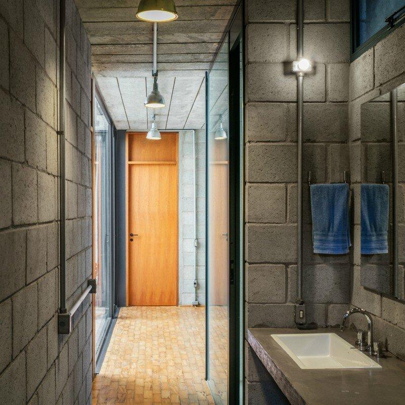 Inside Out House in Sao Paulo Terra e Tuma (6)