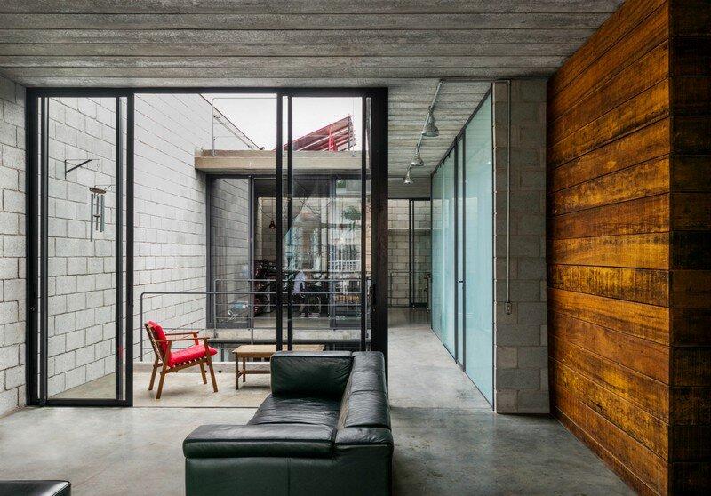 Inside Out House in Sao Paulo Terra e Tuma (8)