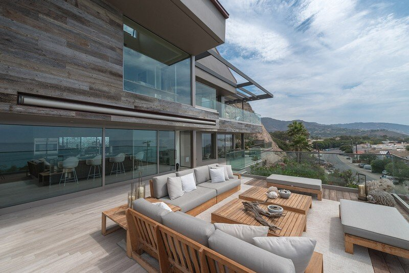 Kern Residence - Seaside Retreat by Modal Design (19)