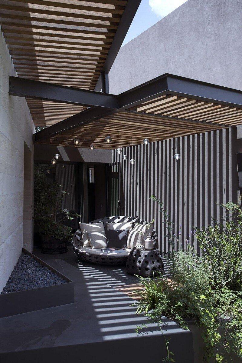 Lomas Country House by Vieyra Arquitectos Mexico (4)
