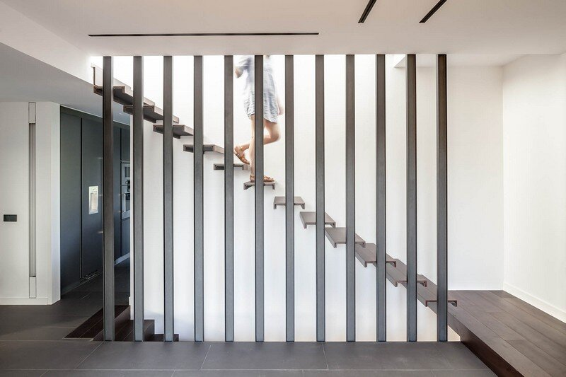 Magarola House by Lagula Arquitectes (11)