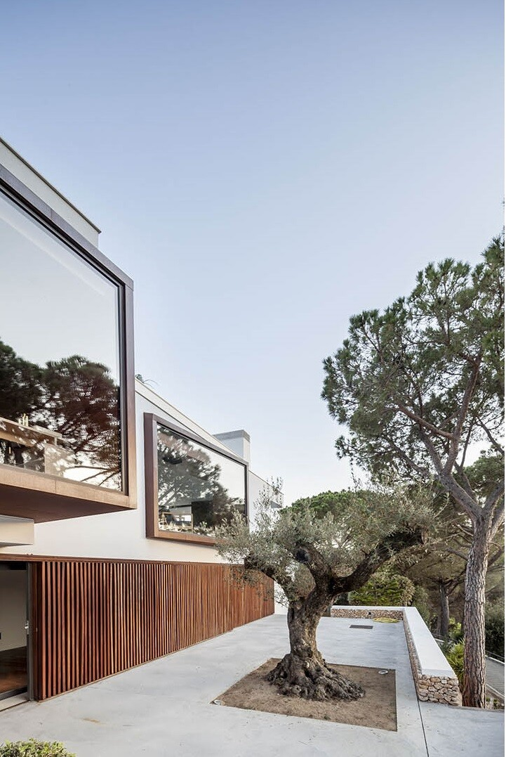Magarola House by Lagula Arquitectes (12)