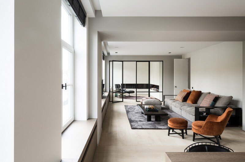 Old Town House Rebuilt and Renovated by JUMA Architects (5)