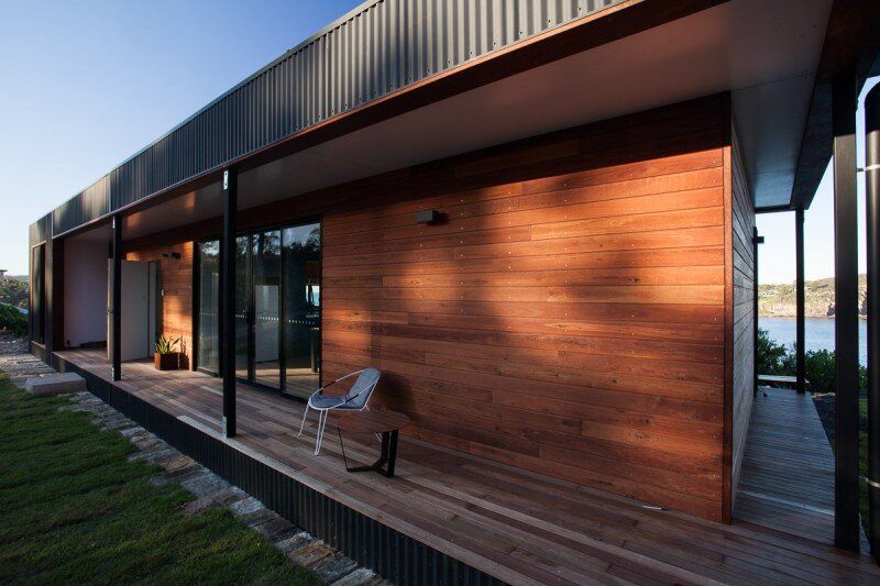 Prefab Beach House with Green Roof (11)