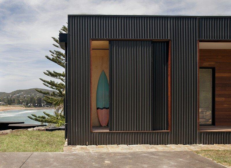 Prefab Beach House with Green Roof (3)