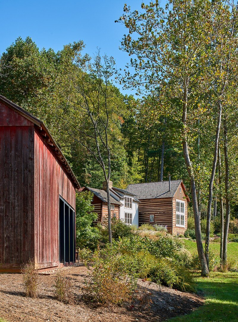 Red Barn at Hazel River Cabin Bonstra Haresign Architects 6