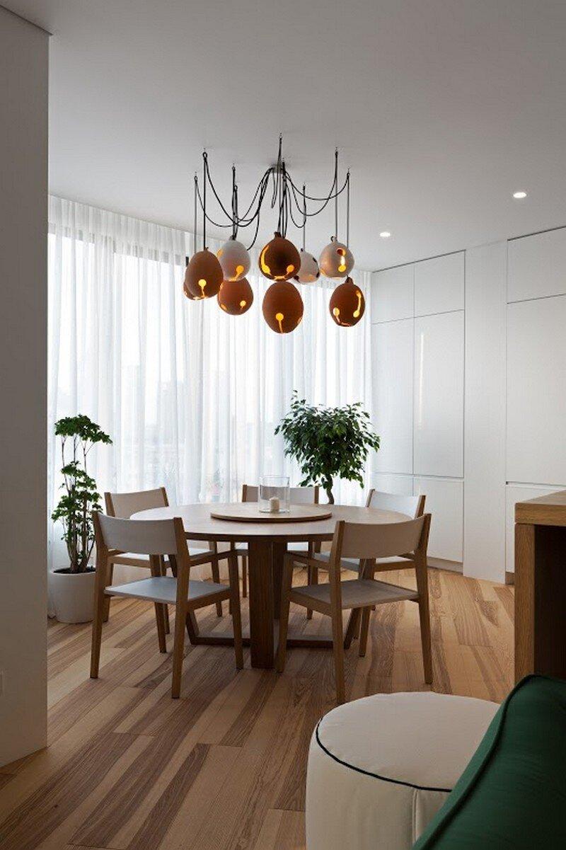 Skyline Minimalist Apartment by Sergey Makhno Architects (3)