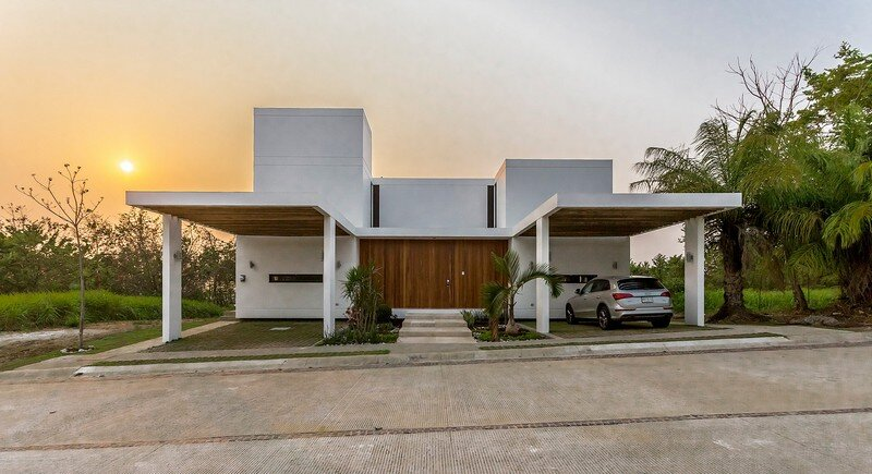 Tropical Eco-Friendly House by Alberto Zavala Arquitectos (13)