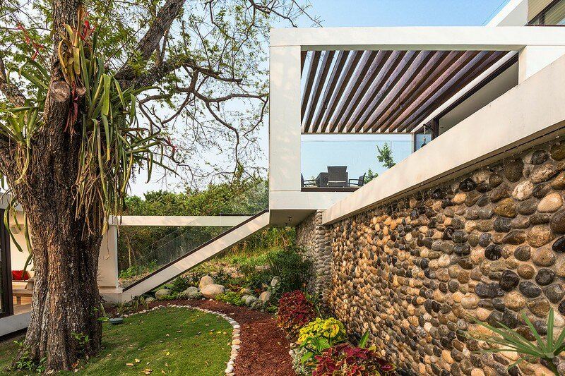 Tropical Eco-Friendly House by Alberto Zavala Arquitectos (9)