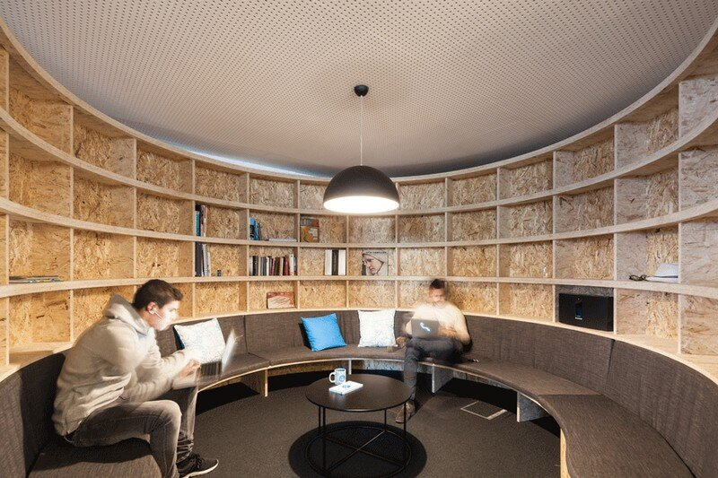 Uniplaces Headquarters in Lisbon by Paralelo Zero (3)