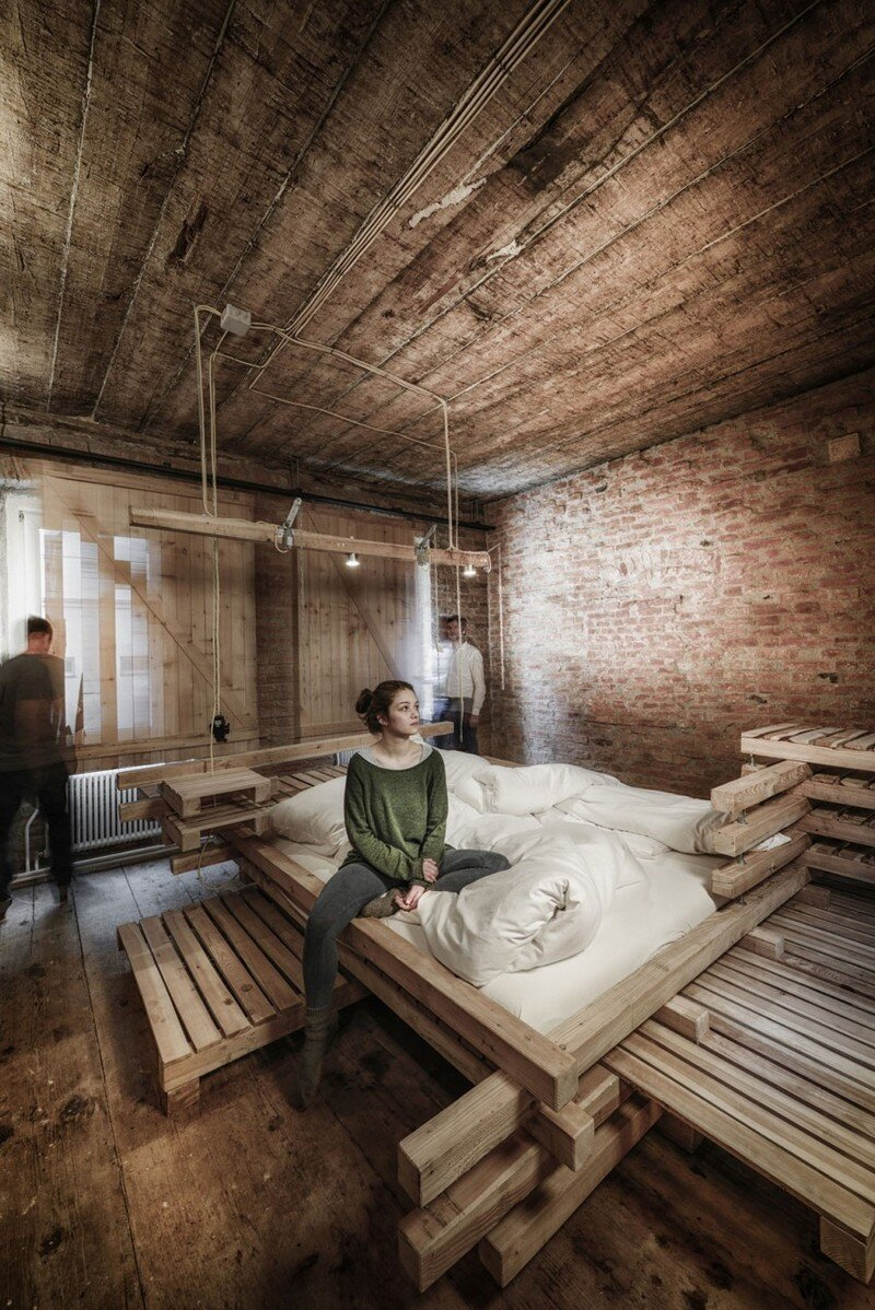Viennese Guest Room - Raw Feel and Old Industrial Charm (12)