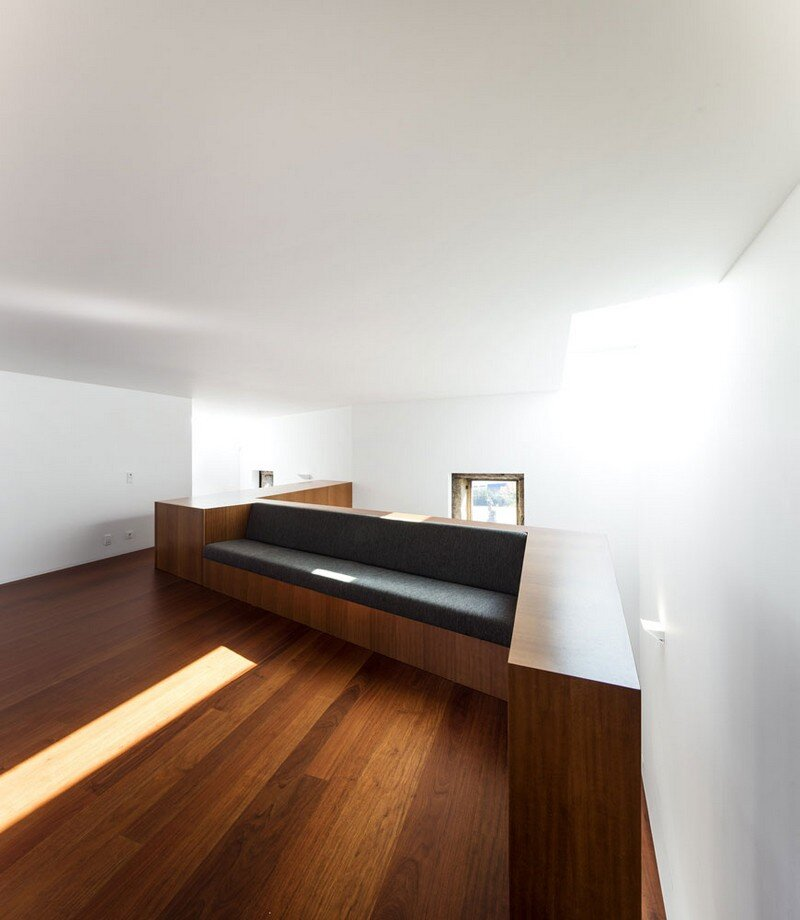 Vigario House is a Dialog Between Old and New (11)