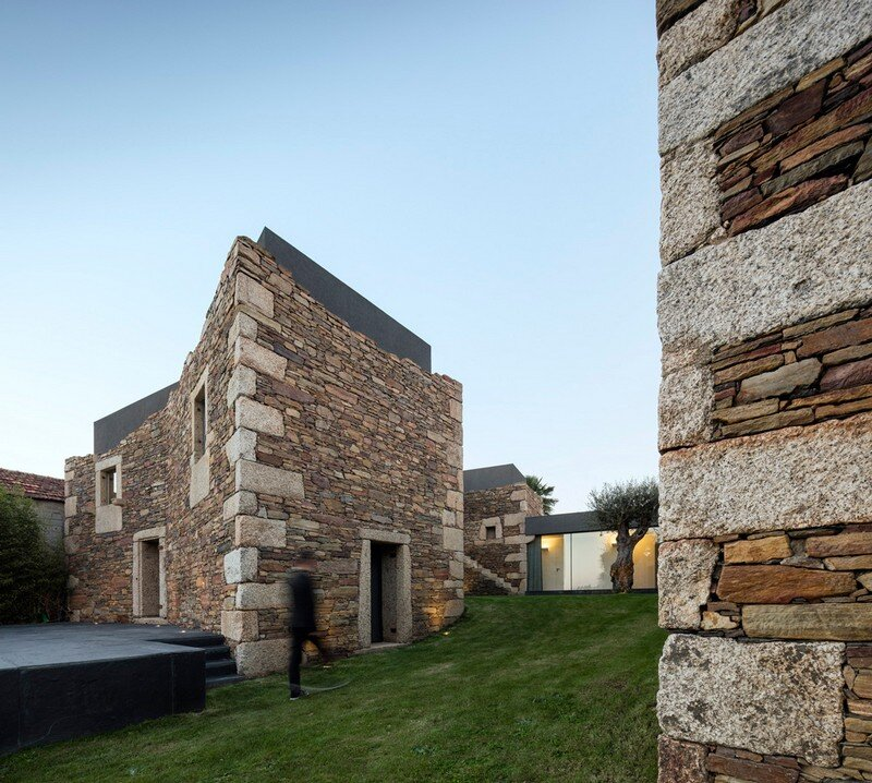 Vigario House is a Dialog Between Old and New (4)