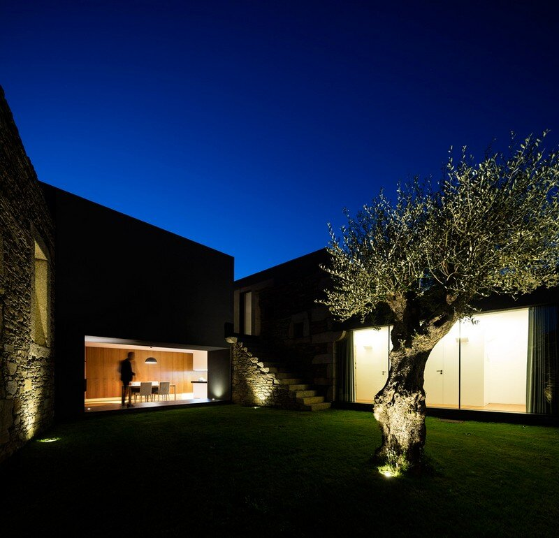 Vigario House is a Dialog Between Old and New (7)