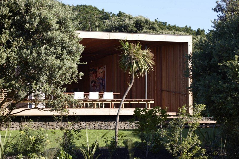 Bethells Bach - Two-Bedroom Bach at the Beach by Herbst Architects (8)