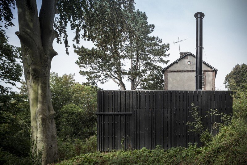 Black Wood House by Marchi Architectes (6)