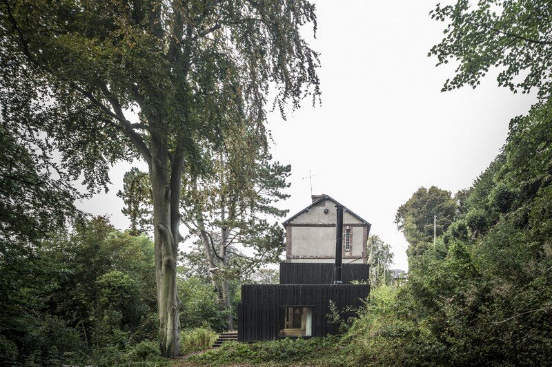 Black Wood House by Marchi Architectes (7)