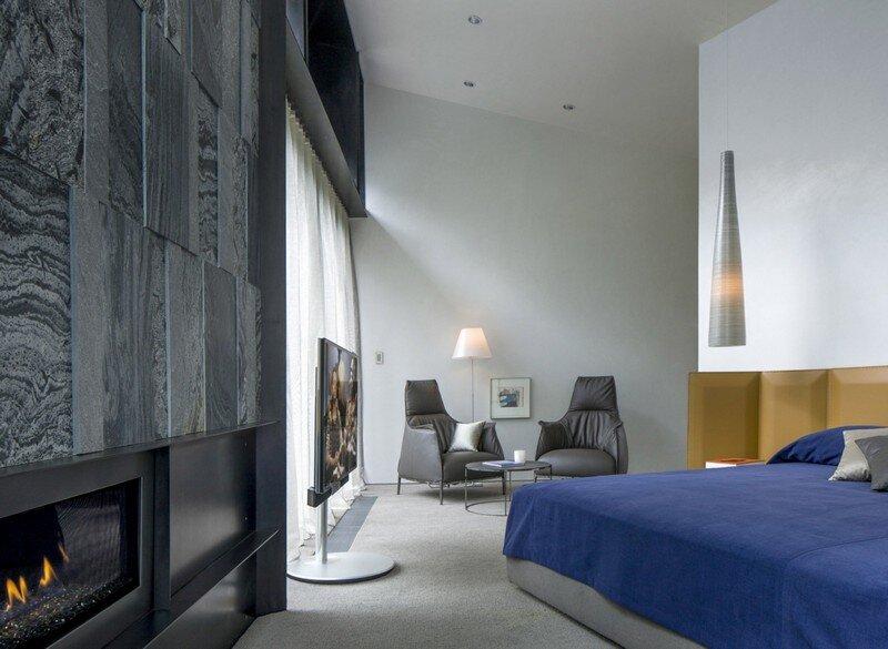 Blackbird House - Urban Mountain Retreat by Will Bruder Architects (15)