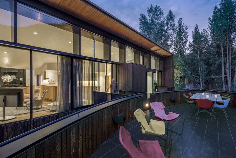 Blackbird House - Urban Mountain Retreat by Will Bruder Architects (17)