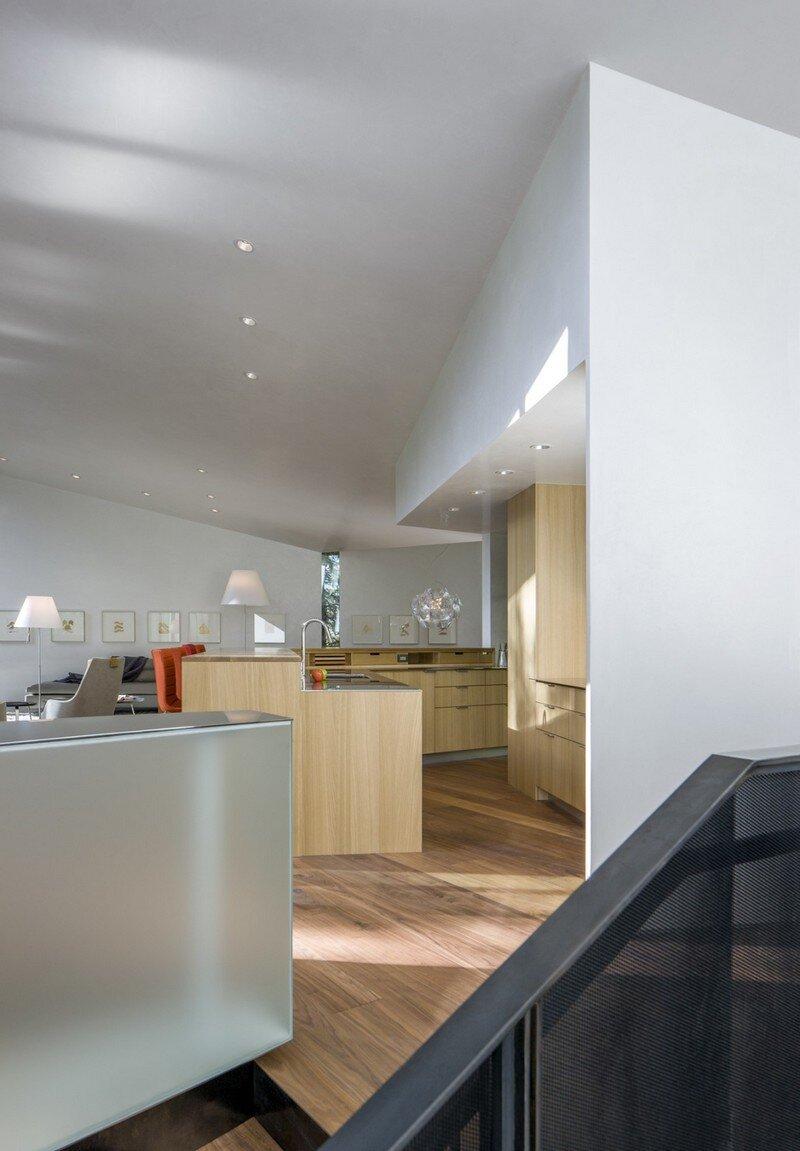 Blackbird House - Urban Mountain Retreat by Will Bruder Architects (20)