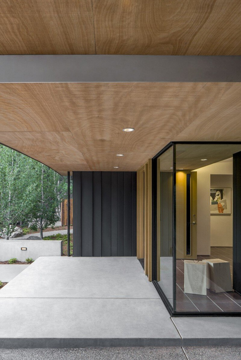 Blackbird House - Urban Mountain Retreat by Will Bruder Architects (21)
