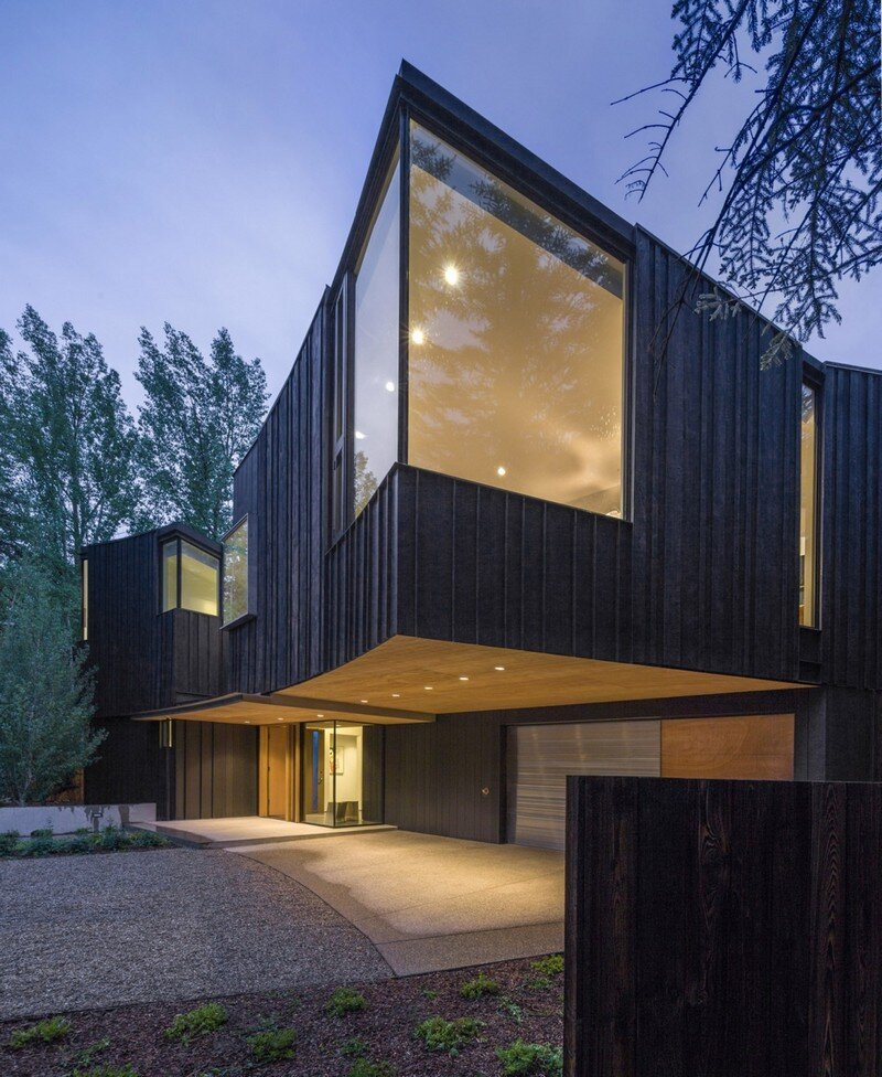 Blackbird House - Urban Mountain Retreat by Will Bruder Architects (8)