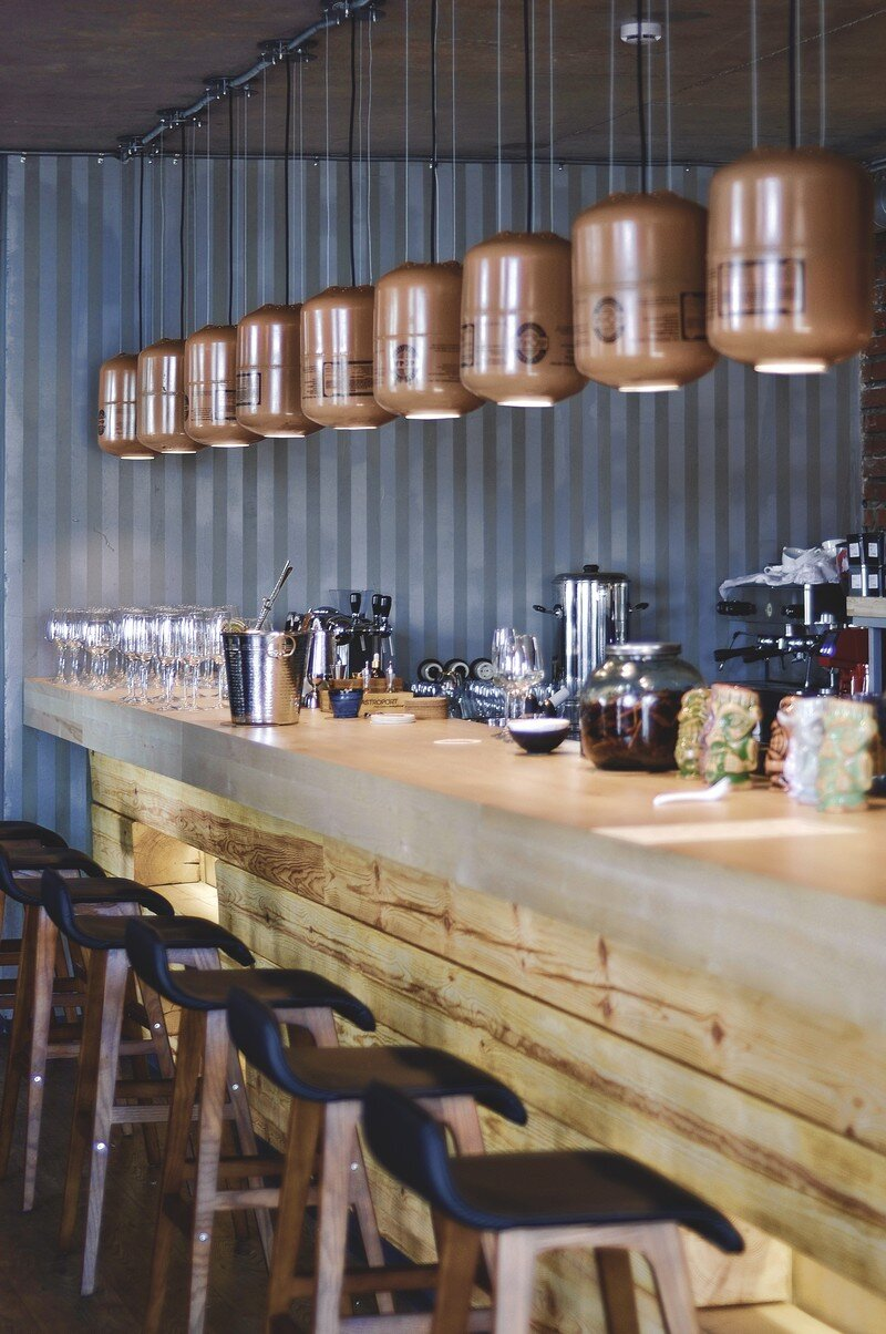 Gastroport Restaurant Designed with a Significant Industrial Footprint by Allartsdesign (16)