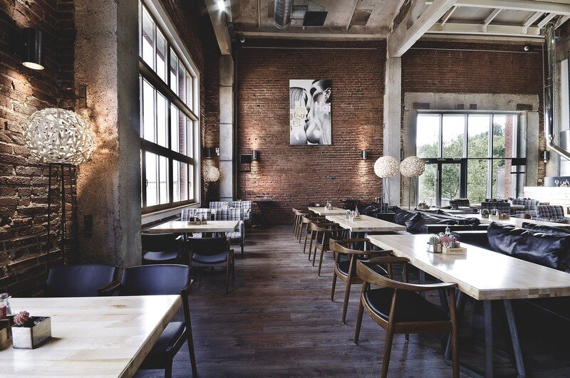 Gastroport Restaurant Designed with a Significant Industrial Footprint by Allartsdesign (6)