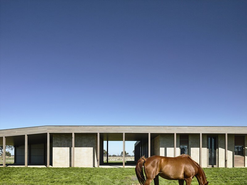 Goulburn Valley House by Rob Kennon Architects (3)