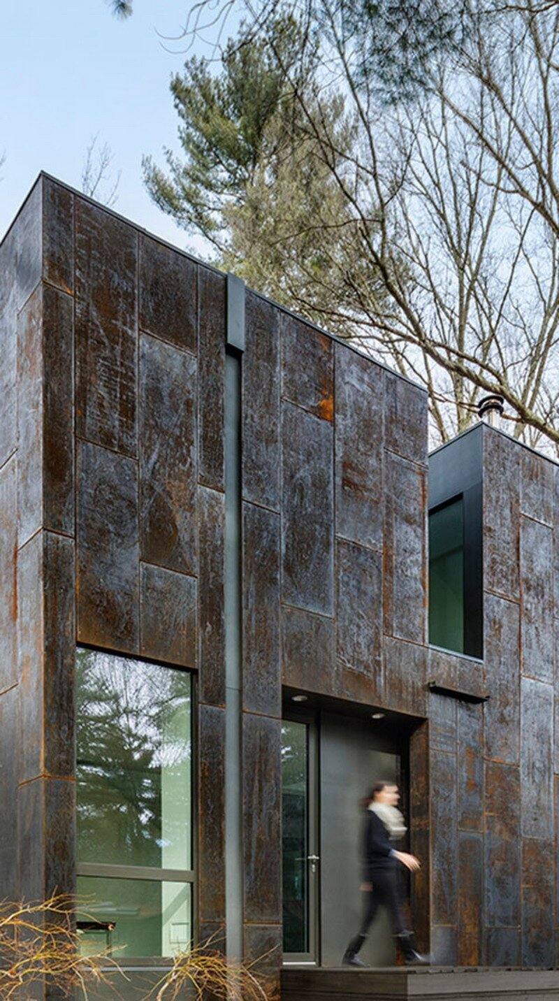 Grow Box - Steel House by Merge Architects (13)