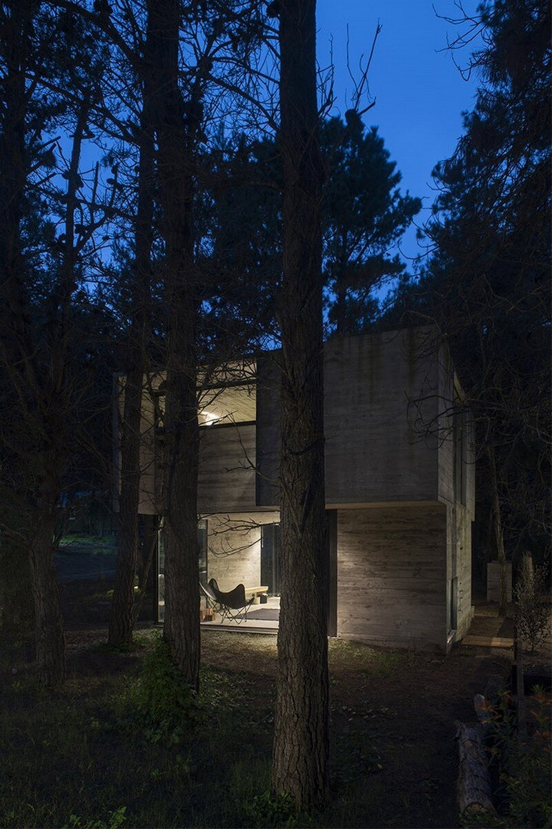 H3 House is a Perfect Tranquil Getaway Near Buenos Aires (11)
