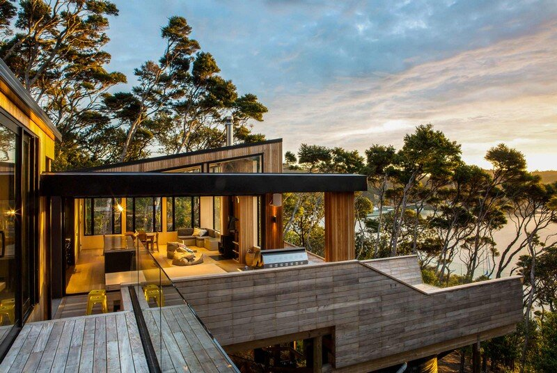 Holiday Home for a Family of Four on Kawau Island Dorrington Atcheson Architects (1)