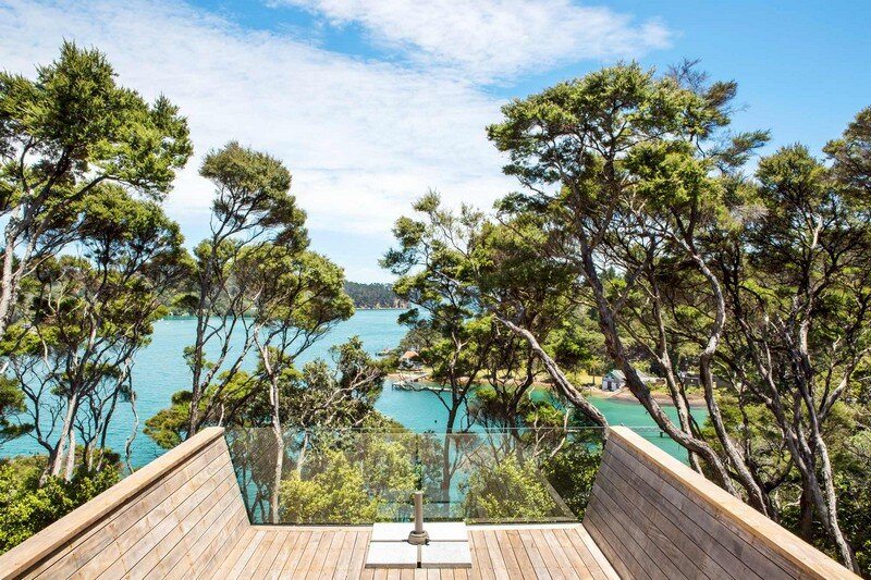 Holiday Home for a Family of Four on Kawau Island Dorrington Atcheson Architects (11)