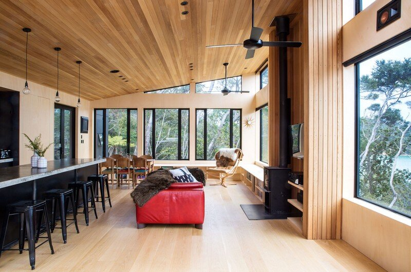 Holiday Home for a Family of Four on Kawau Island Dorrington Atcheson Architects (12)