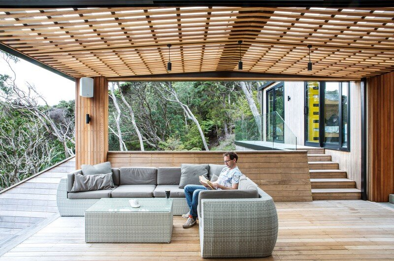 Holiday Home for a Family of Four on Kawau Island Dorrington Atcheson Architects (14)
