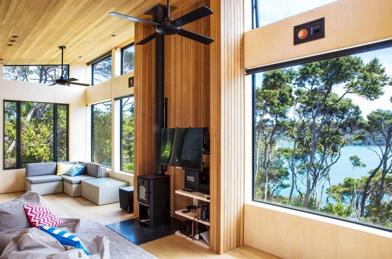 Holiday Home for a Family of Four on Kawau Island Dorrington Atcheson Architects (21)